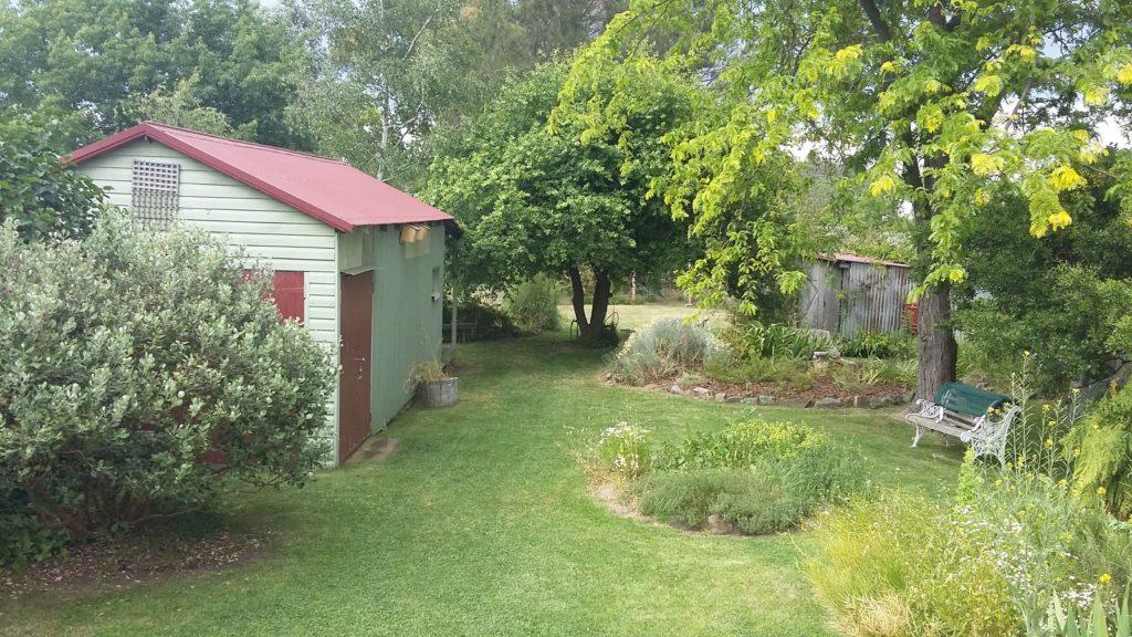 writing-hq-garden
