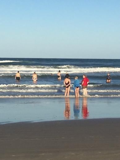 mermaids-swimming